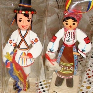 figurina-in-costum-traditional_1_58