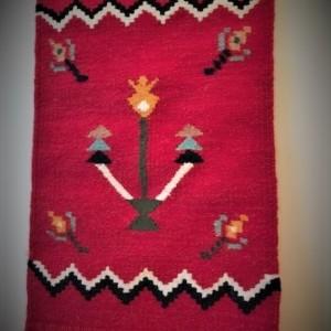 tapiserie rosie moldova